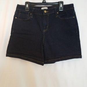 Calvin Klien Jean Shorts Womens Size 12 Flat Front